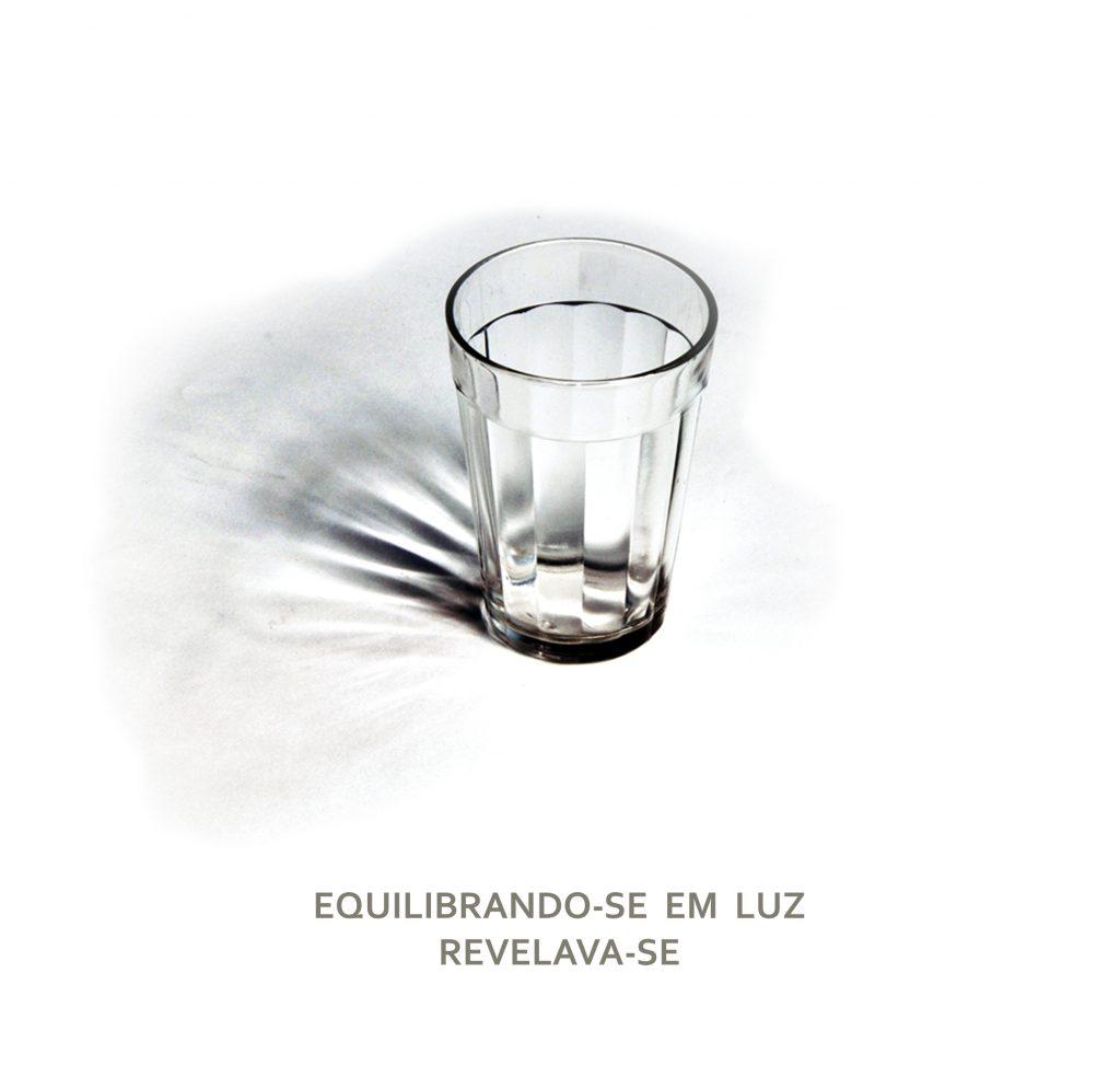 EQUILIBRANDO-SE EM LUZ REVELAVA -SE