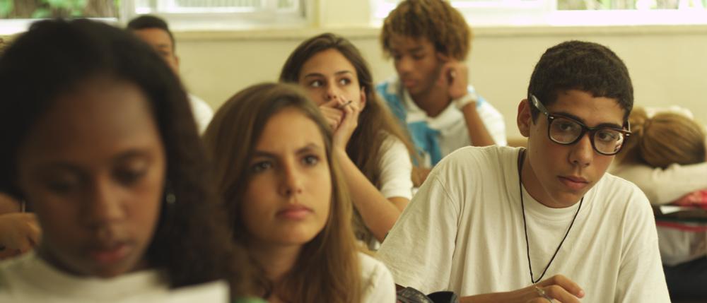 Oi Futuro debate o filme 'A Aula Vazia', de Gael García Bernal, que reúne 11 curtas sobre educação na América Latina