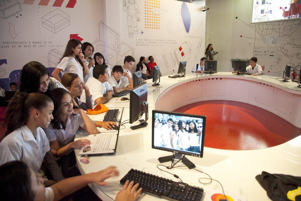 Escolas técnicas do Rio de Janeiro e Recife conquistam 1° lugar no Exame Nacional do Ensino Médio