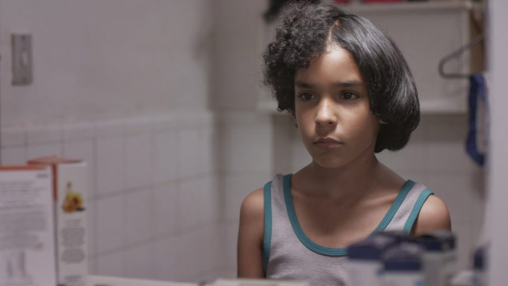 Cinema no Pátio exibe produção latino-americana e explora temas como preconceito, angústia na juventude e restrição econômica